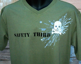 EXPLOSIVE Skully mens tshirt Round neck Safety Third shirt -  Skull Tee S M L XL XXL military green