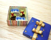 Sky and Star Cake Box - Dollhouse Miniature