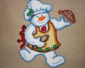 544 Snowman baker