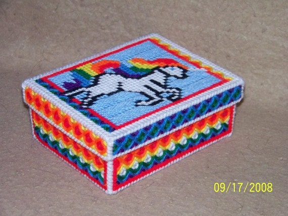 273 Unicorn large trinket box