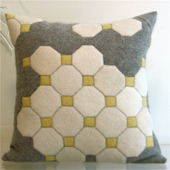 OCTAGON TILES FELT PILLOW made from recycled wool.
