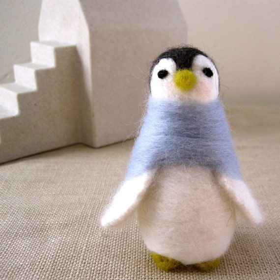 Anna the PENGUIN. Needle felted of wool.