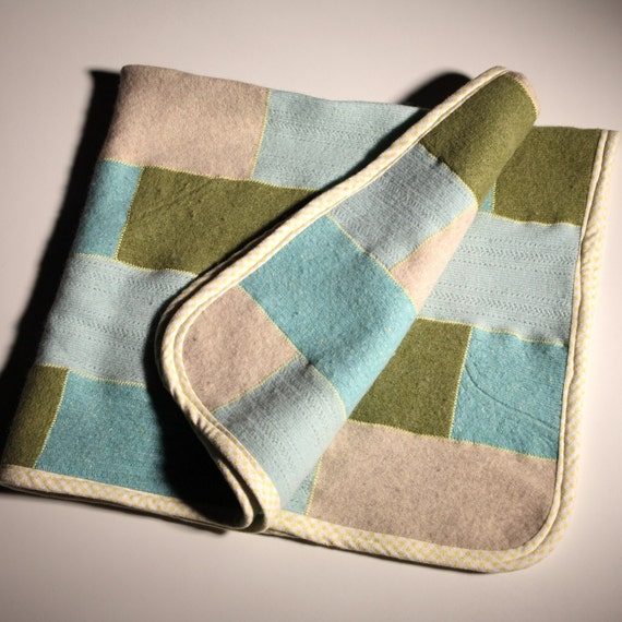 SuBWaY tILe PATterN BaBy BlankeT