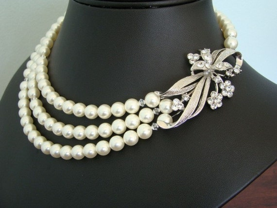 The Sweet Myrtle  -  Pearl Bridal Necklace
