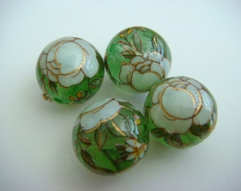 Clear green white rose Japanese tensha beads
