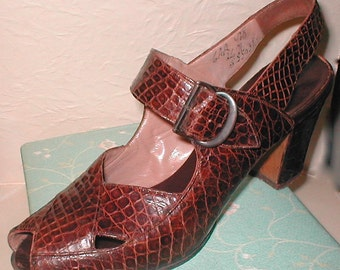 I.Miller Beautiful Shoes --Vintage 40s Reptile Leather Open Toed Sling Back Heels-- Size 6AA