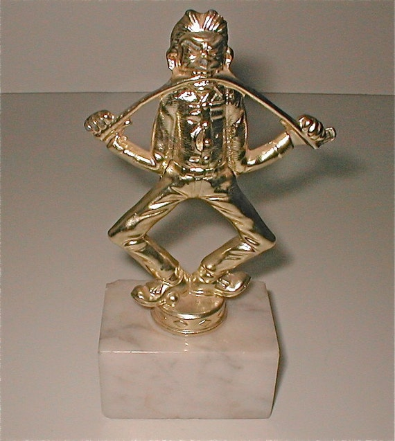 frustrated golfer consolation trophy duffer trophy