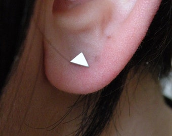 Triangle stud earrings in sterling silver / mix and match earrings / nickel free stud - multiple piercing - unisex - tiny triangle