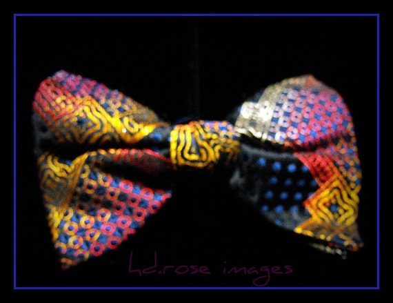 Vintage Ormond Co MultiColored Abstract Bow Tie Like New