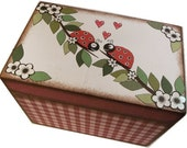 Wedding Guest Book Box Alternative, Personalized Wedding Box Holds 4x6 Cards, Couples Gift, Ladybug Box Bridal Shower Gift, MADE TO ORDER