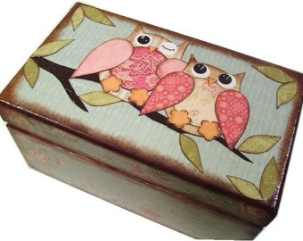 Recipe Box, Decoupaged Wood Box, Decorative Owl Box, Holds 3x5 Cards, Recipe Organizer, Storage Organization, Kitchen Decor, MADE TO ORDER