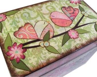 Keepsake,Trinket, Jewlery, Decorative Box, Bird Box, Children, Baby Storage, Holds 4x6 Cards, Gift for Baby Personalized Gift, MADE TO ORDER