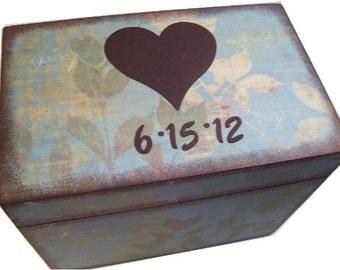 Wedding Guest Book Box Alternative, Decoupaged Wedding Box, Large Box, Wedding Heart Box, Holds 4x6 Cards, Bridal Shower MADE TO ORDER