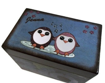 Wedding Guest Book Box Alternative, Personalized Wedding Box Holds 4x6 Cards, Penguin Box, Wedding Gift, Bridal Shower Gift, MADE TO ORDER
