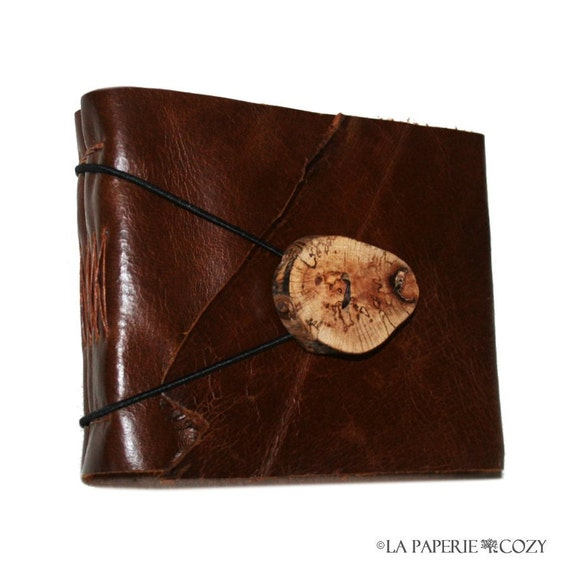 Leather Journal / Sketchbook / Guestbook . rustic, small & chunky . handmade handbound . chestnut brown with wooden button (280 pgs)