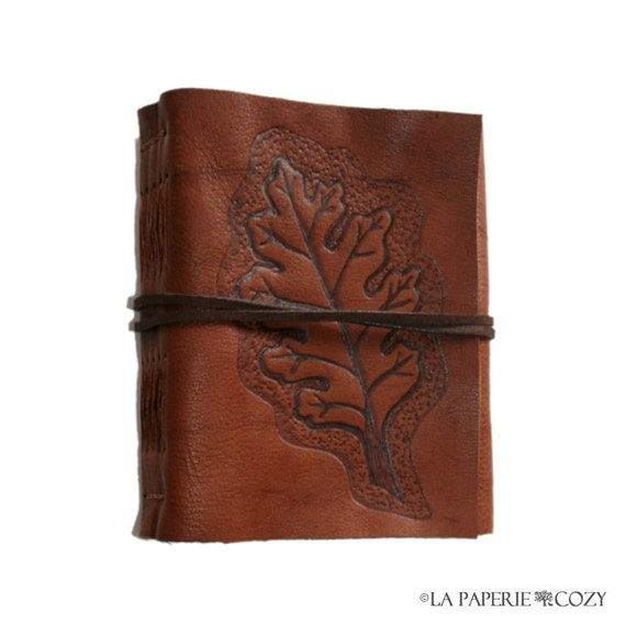 Leather Journal . Autumn Memories - Hand Engraved with Oak Leaf . handmade handbound . whiskey brown (320 pgs)
