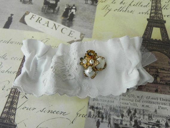 Wedding Garter, Butterfly Embroidered , Woodland Fairy, Vintage Faux Pearls