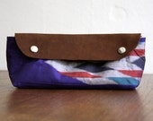 NOMAD Collection - JaJou Pouch - Med - Blue red, tribal geometric