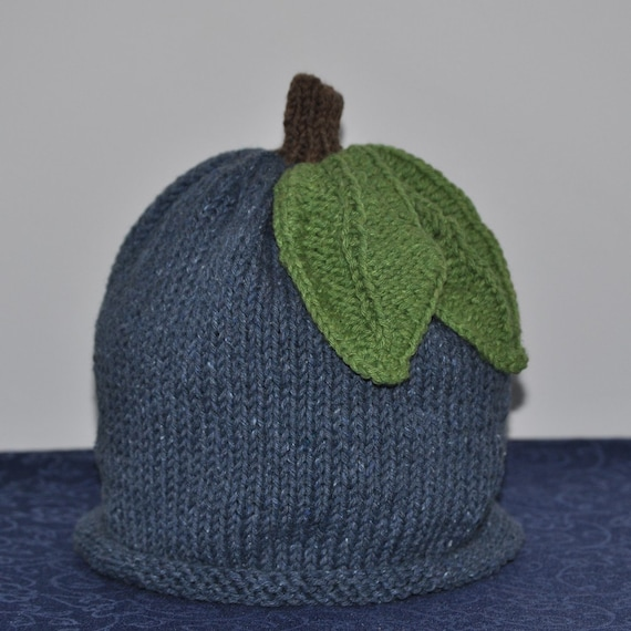 Blueberry Baby Hat with Green Leaves Recycled Cotton-Acrylic Blend (6-12 months)