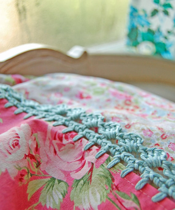pillowcase with crochet trim  -  Rosy Blush