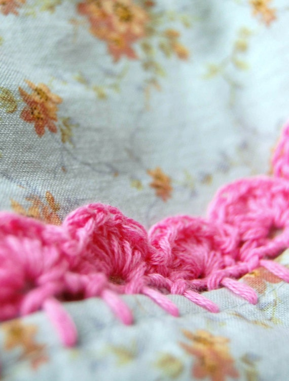 pillowcase with crochet trim  - Sweet Bluette