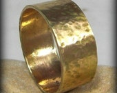 18 karat yellow Gold Wedding Band , Men's Rustic Wedding Band , unisex Gold Band, Solid Gold Band