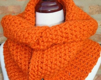 Cowl - Crochet Scarf Neckwarmer