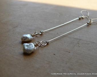 Mixed Metal Pearl Earrings,Pearl Drop Earrings, Pearl Dangle Earrings, Minimalist Earrings