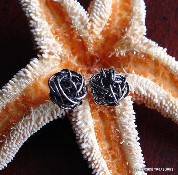 Antiqued sterling silver stud earrings,Antique Love Knot earrings, Classic knot earrings, Love knots, Yarn Ball Earrings.