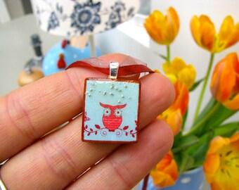 Scrabble tile pendant, Orange Owl, Scrabble piece charm/Scrabble tile jewelry necklace