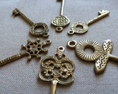 6 Assorted Brass Key Pendants