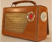vintage Sears and Roebuck Silverstone 600 portable leather radio