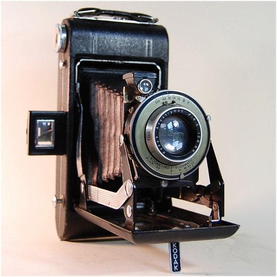 Vintage Kodak No 2 Kodamatic Camera