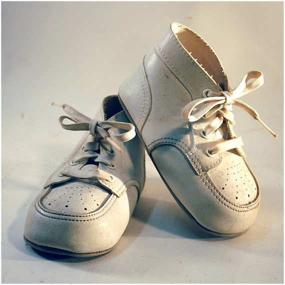 Precious Moments - vintage baby shoes, white ivory 1950s 1960s