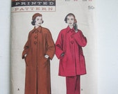 Vintage Misses Raglan Sleeve Coat PATTERN Size 12
