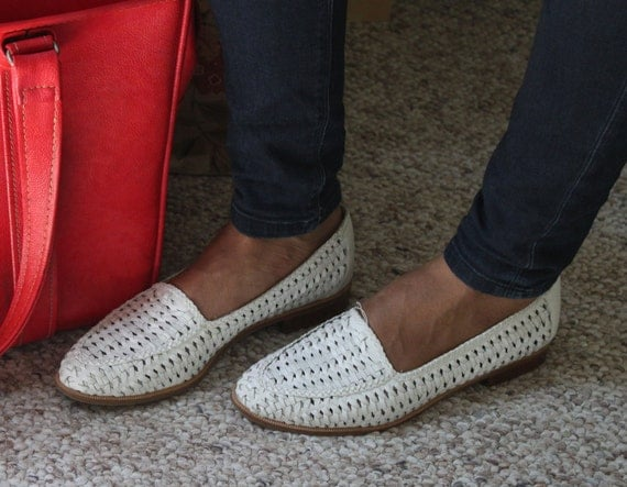 Size 8 White Leather Woven Shoes by Cabin Creek