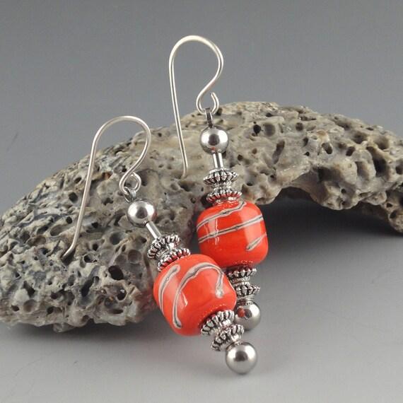 Hot Coral-Handmade Lampwork Glass Bead Earrings,artist lampwork,lampwork glass bead,lampwork earrings,lampwork jewelry,sra lampwork