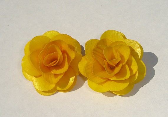 golden yellow birch wood flower clip on earrings