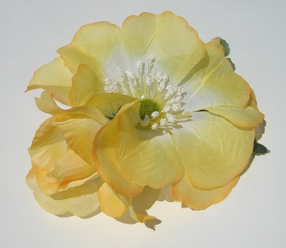 large yellow flowers hair barrette