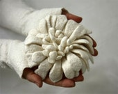Hand felted Dahlia Flower Brooch - White