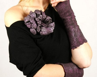 Violet and Gray fingerless gloves, handwarmers - nuno felted glowes