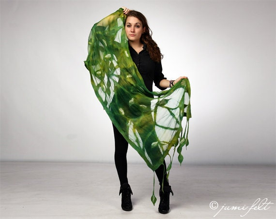 Shawl Nuno felted Scarf - Handmade wool and silk Warm Green Colors with Leaves