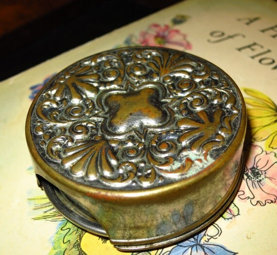 Fancy Victorian Collapsable Silver Cup