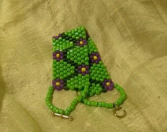 Violet Vine Peyote Stitch Bracelet