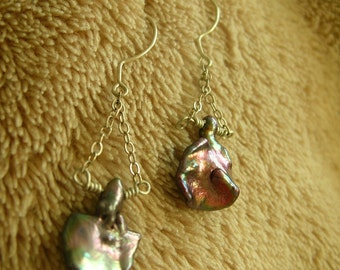 1 of A Kind Petal Pearl Earrings