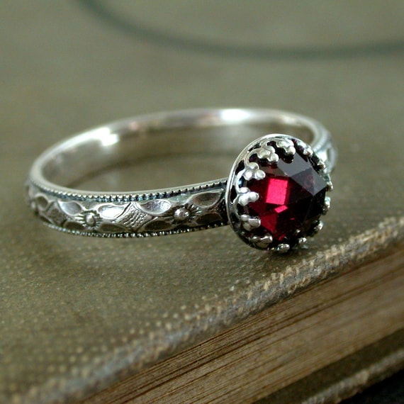 Garnet ring Sterling silver metalwork red faceted gemstone Medieval style