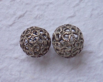 Silver Ox Floral Filigree Beads