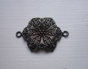 Antiqued Silver Filigree Flower Connector