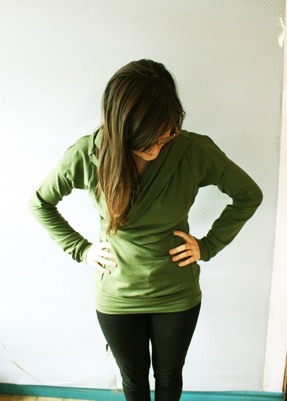 on sale // Ready To Ship // Bamboo Moss Long Sleeved Cowl Top / by Replicca / size Large
