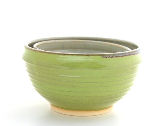 Set of Two Nested Bowls